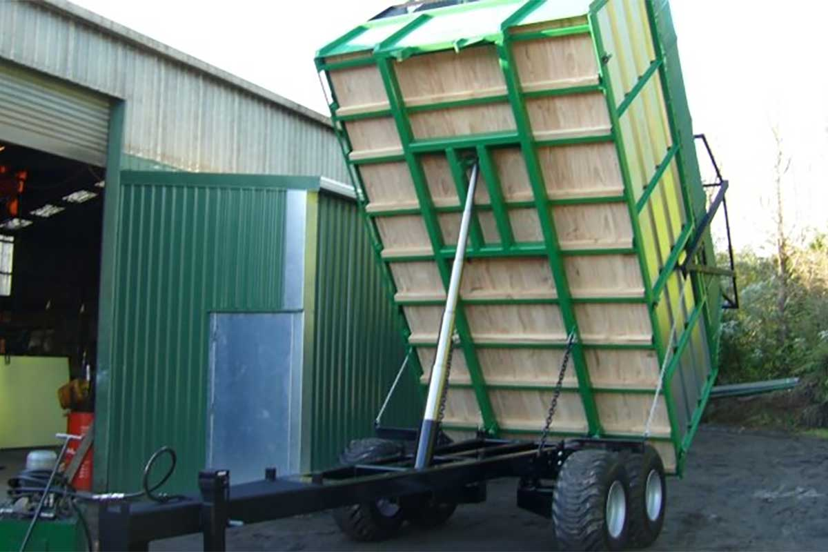 8 Tonne Tandem Trailer with Maize Cage